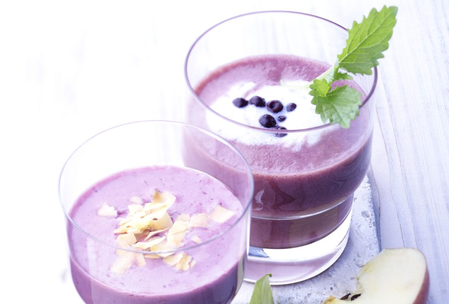 Wild Blueberry and Apple Smoothie