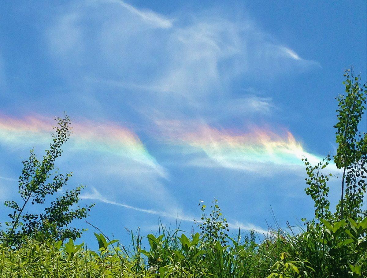 Rainbow photography - cloud iridescence