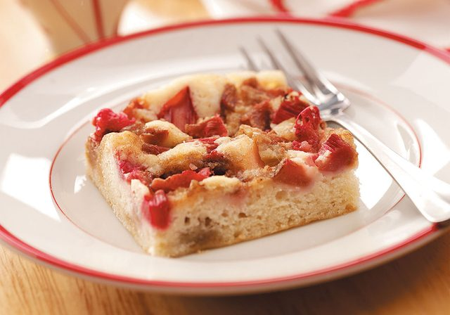 Royal rhubarb coffee cake