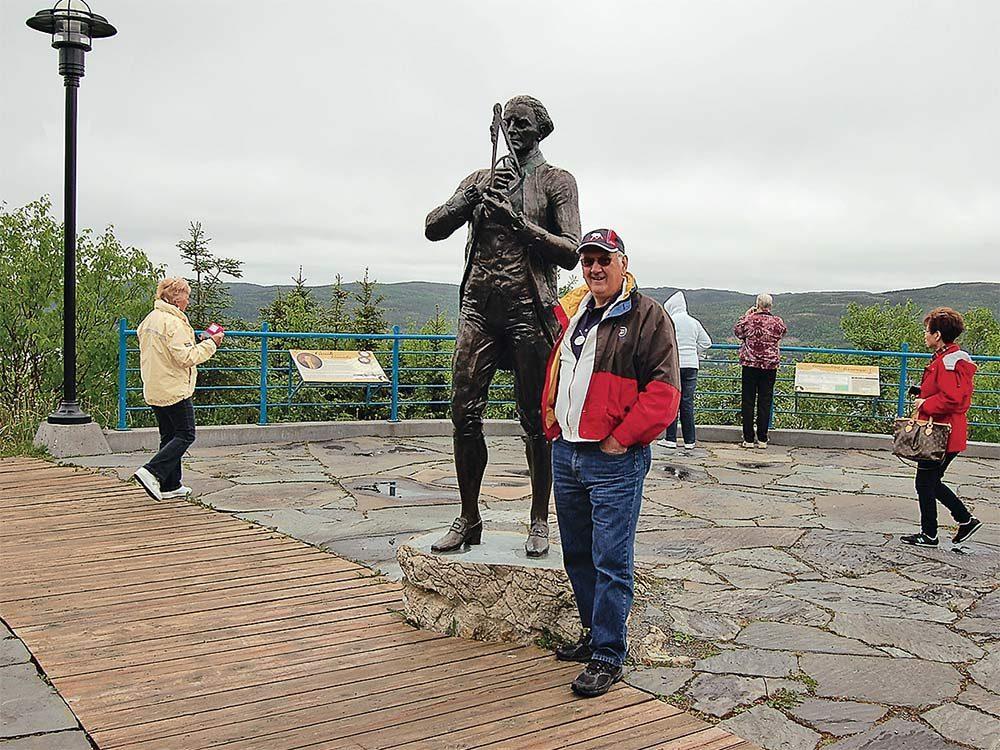 Capt. James Cook statue