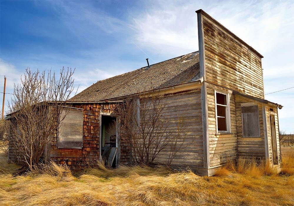 Abandoned building in Orion, Alberta