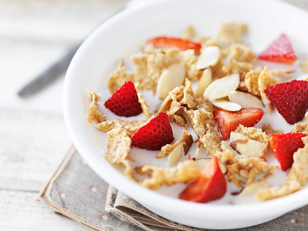 Cereal with strawberries and nuts