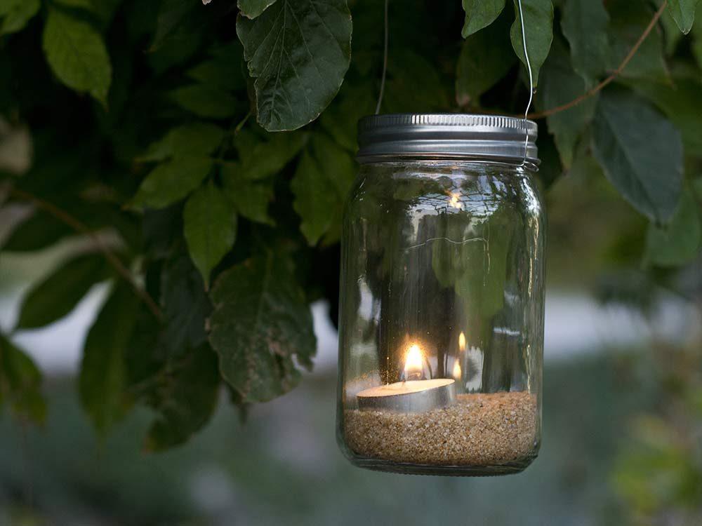 Mason jar candleholder