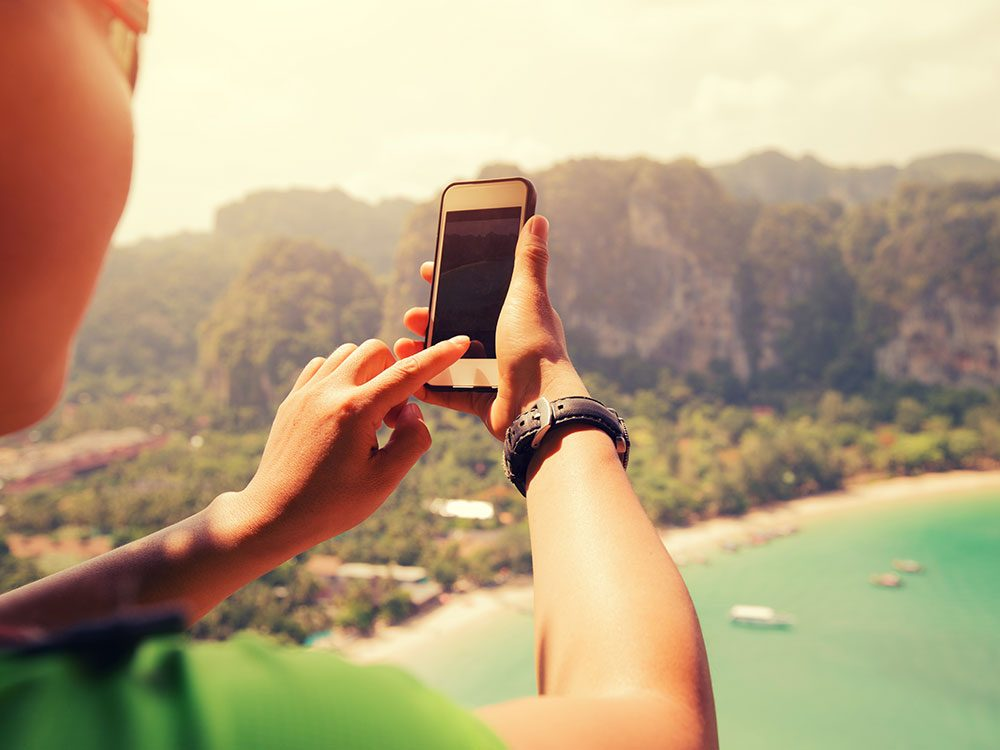 Meet people online when you're travelling alone