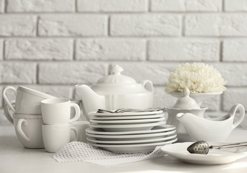 White glass plates and cups