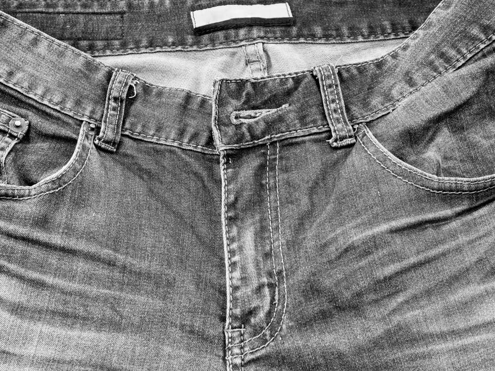 Discoloured clothing