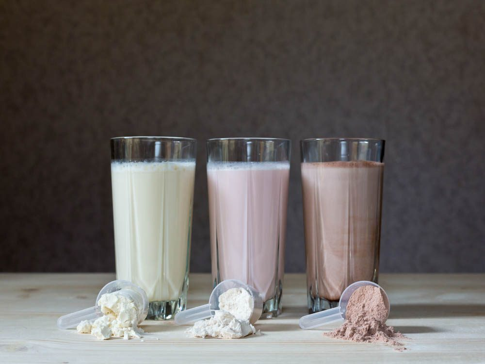 Consume protein before bed to lose weight while you sleep