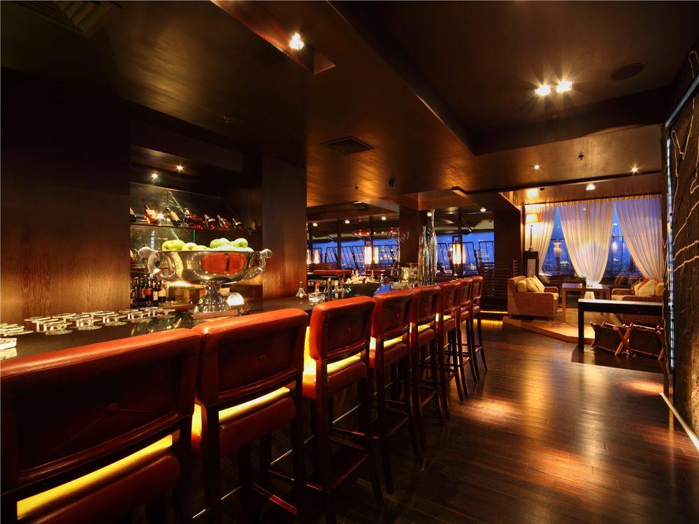 beware-restaurant-and-bar-lighting