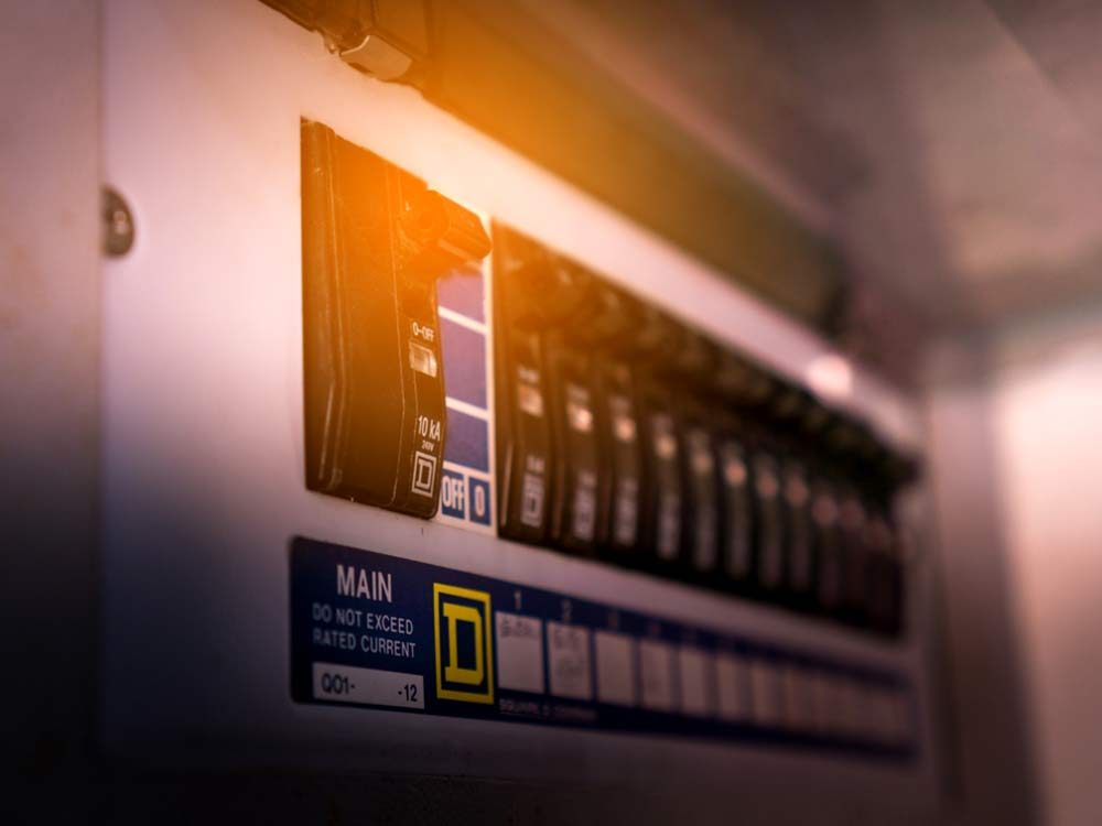 Electric circuit in basement