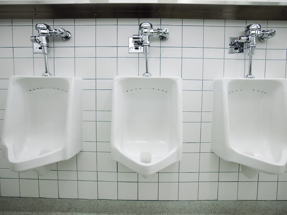 Difficulty urinating is a sign of cancer that many men ignore