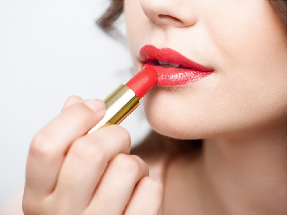 Concealing with colour is a tip for healthy white teeth