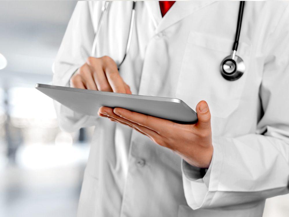 A hospital secret you should know is that doctors do not like EMR