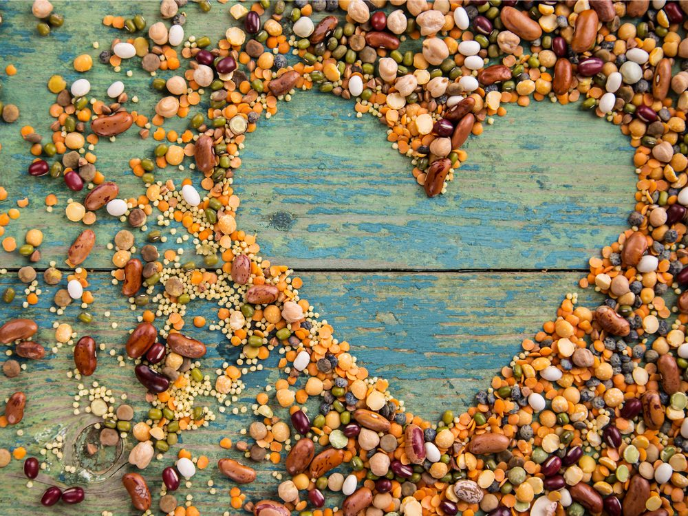 Beans have the health benefit of preventing heart disease