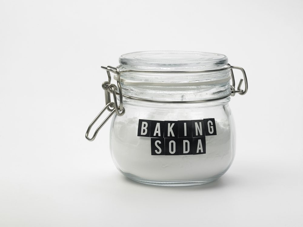 Baking soda is a poison ivy home remedy you'll be grateful to know.