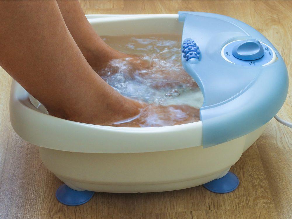 Use a foot bath as a headache home remedy