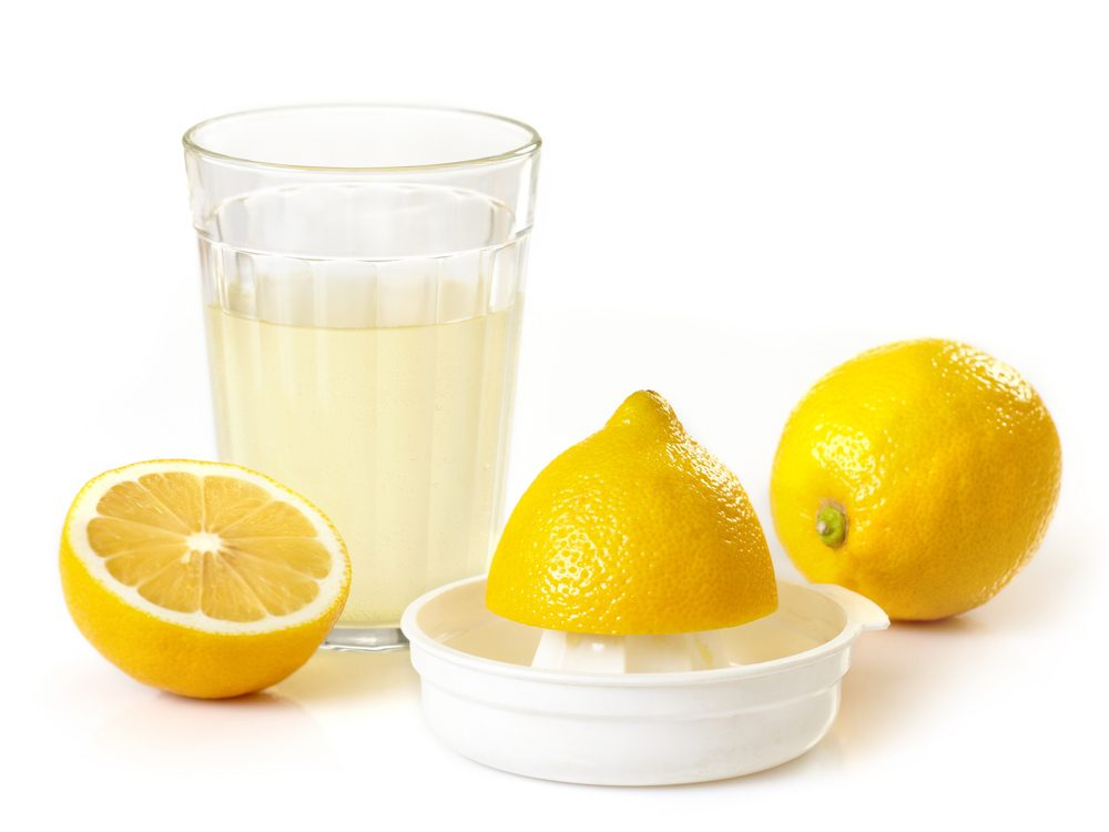 Lemon juice is a poison ivy home remedy you'll be grateful to know.