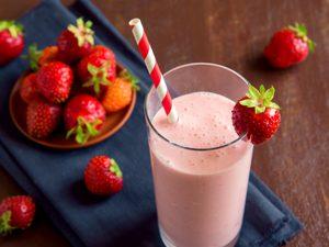 Strawberry-Yogurt Smoothies