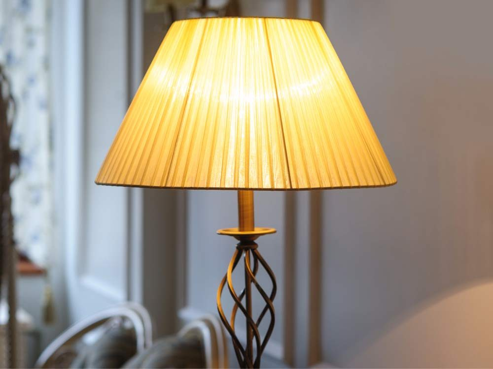 Use lint to remove dirty from fabric lampshades