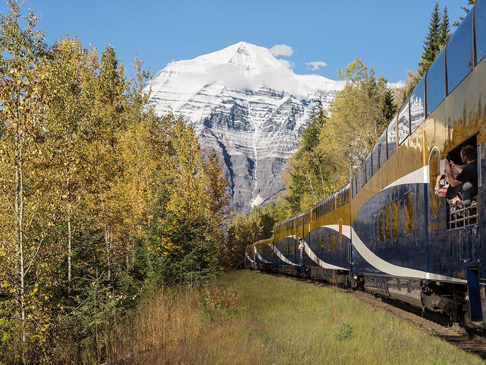 Rocky Mountaineer, Mount Robson