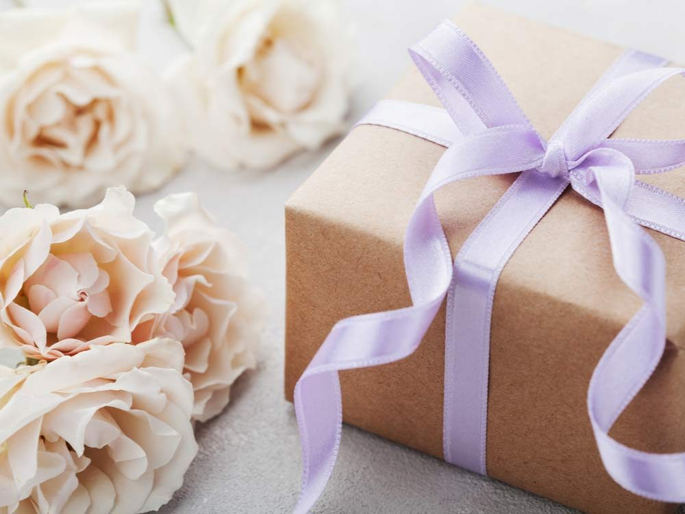 Wedding gift and roses