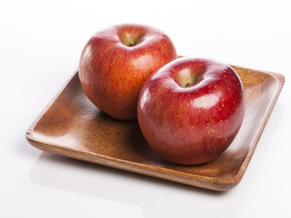 Eat two apples every day to increase your dietary fibre