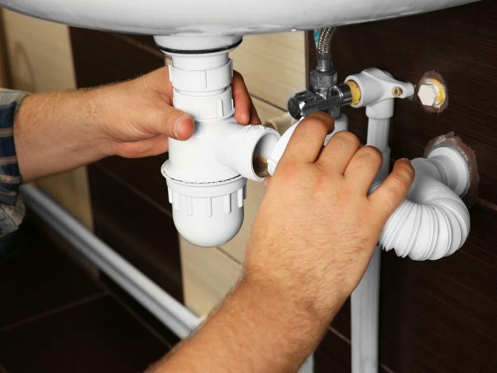 Repairing sink pipes
