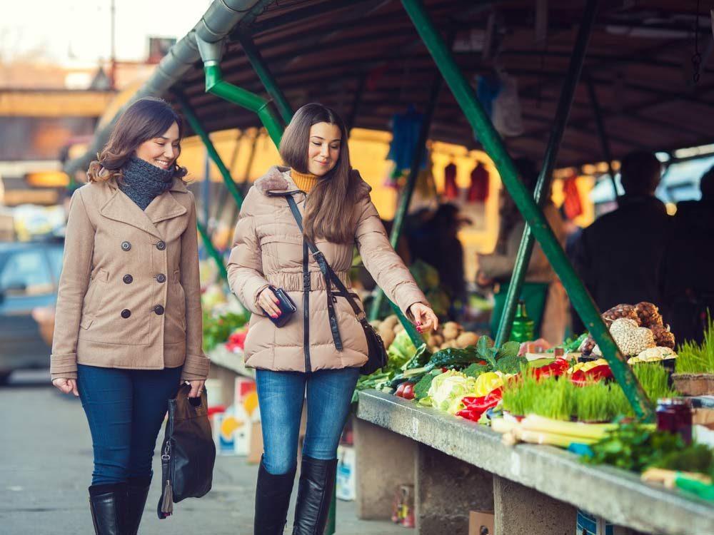 Farmers' market in the winter