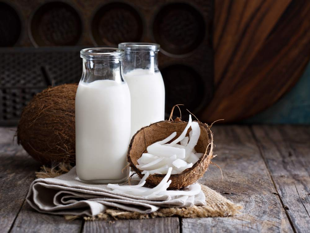Coconut milk for hair loss