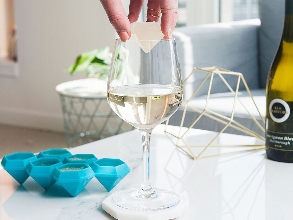 Keep wine cool with wine ice cubes