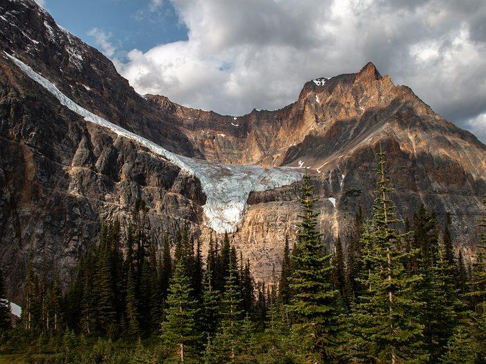 Canadian Rockies quiz - mountain with y-shaped glacier