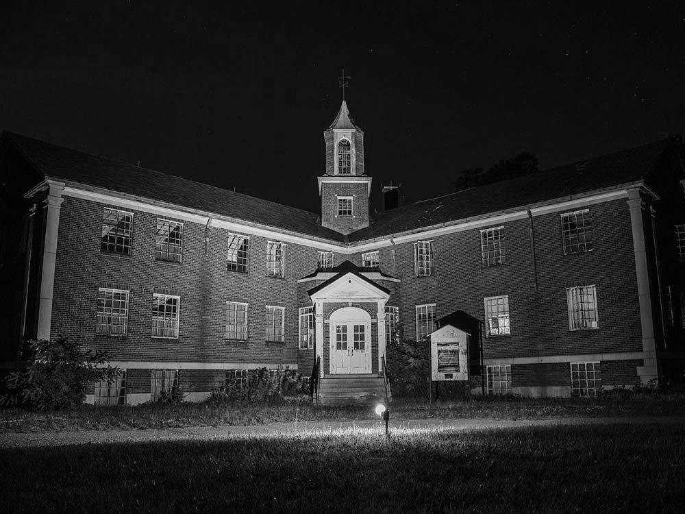 Rolling Hills Asylum, New York, USA