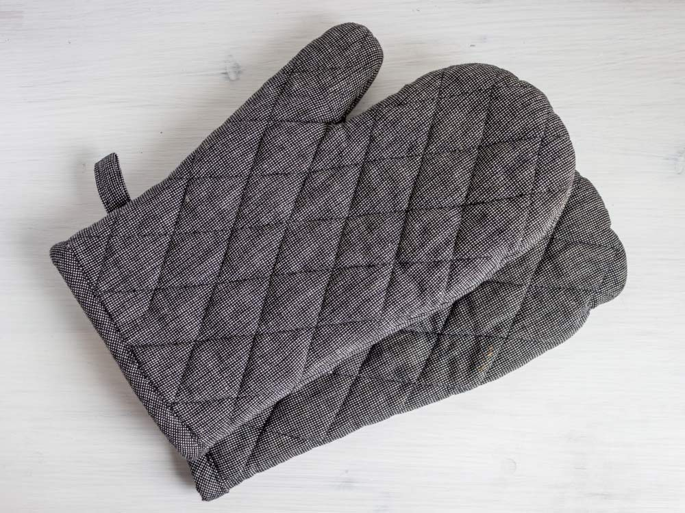 Grey oven mitts