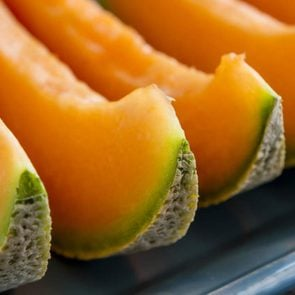 Cantaloupe slices