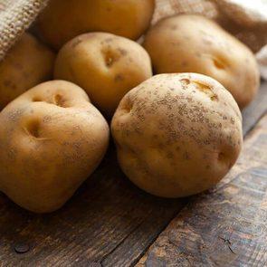 Never eat potatoes raw