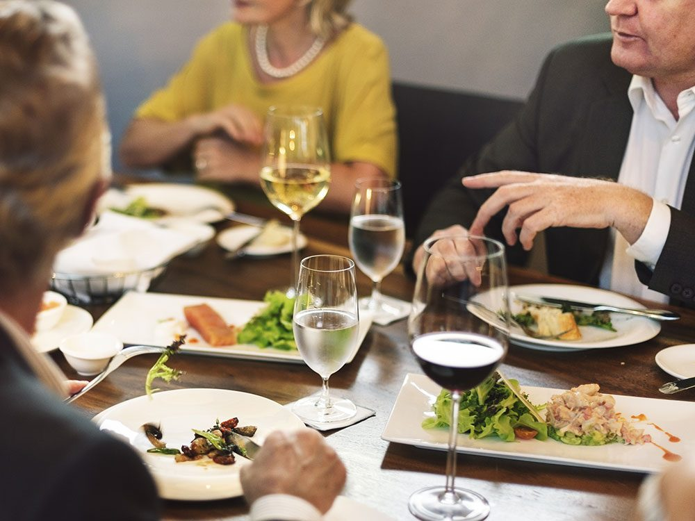 Eat lunch with your boss if you want to lose weight