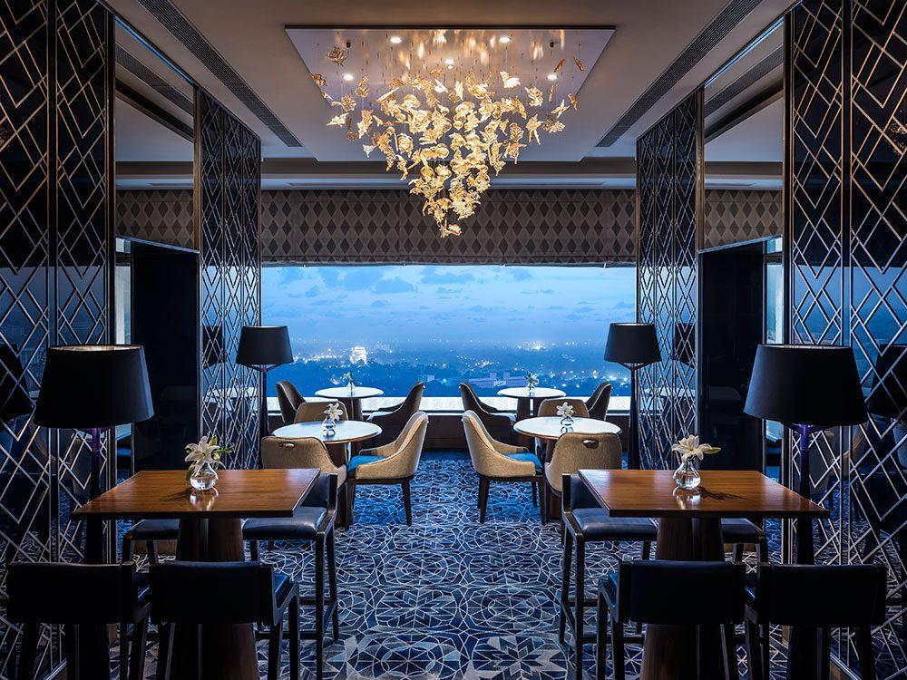 Shangri-La's Eros Hotel Horizon Club