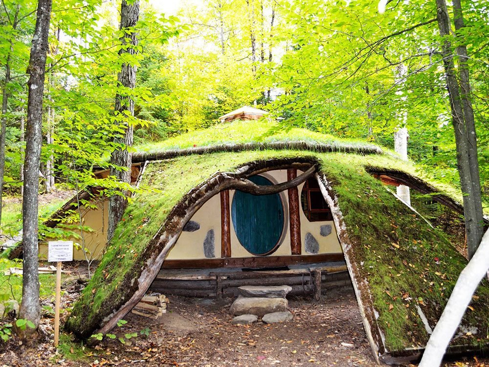 Spend the night in a Hobbit house in Quebec