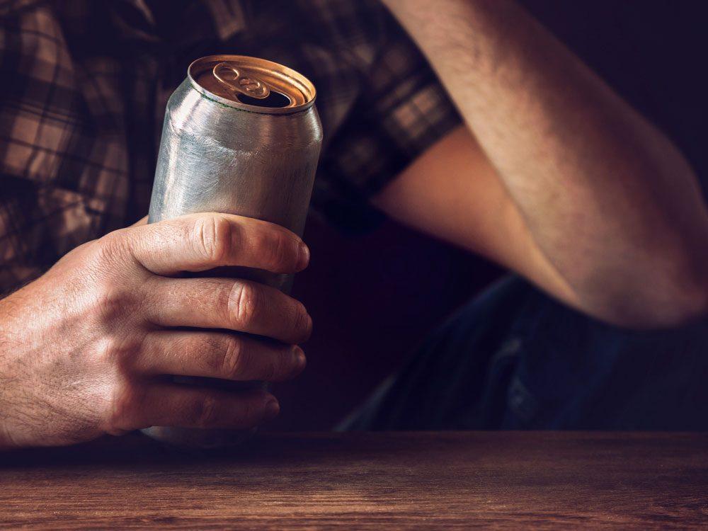 Binge drinking warning signs