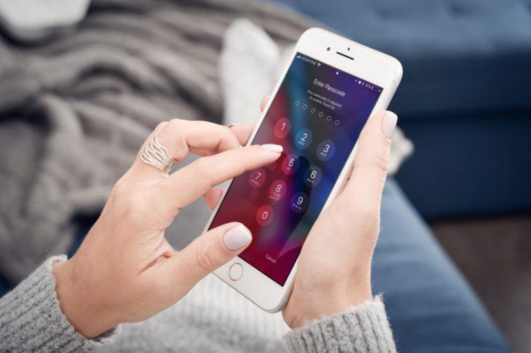 Entering passcode into smartphone