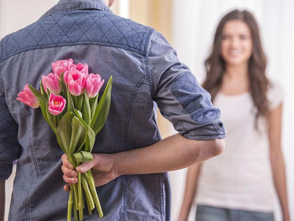 Funny wedding jokes - gift of flowers