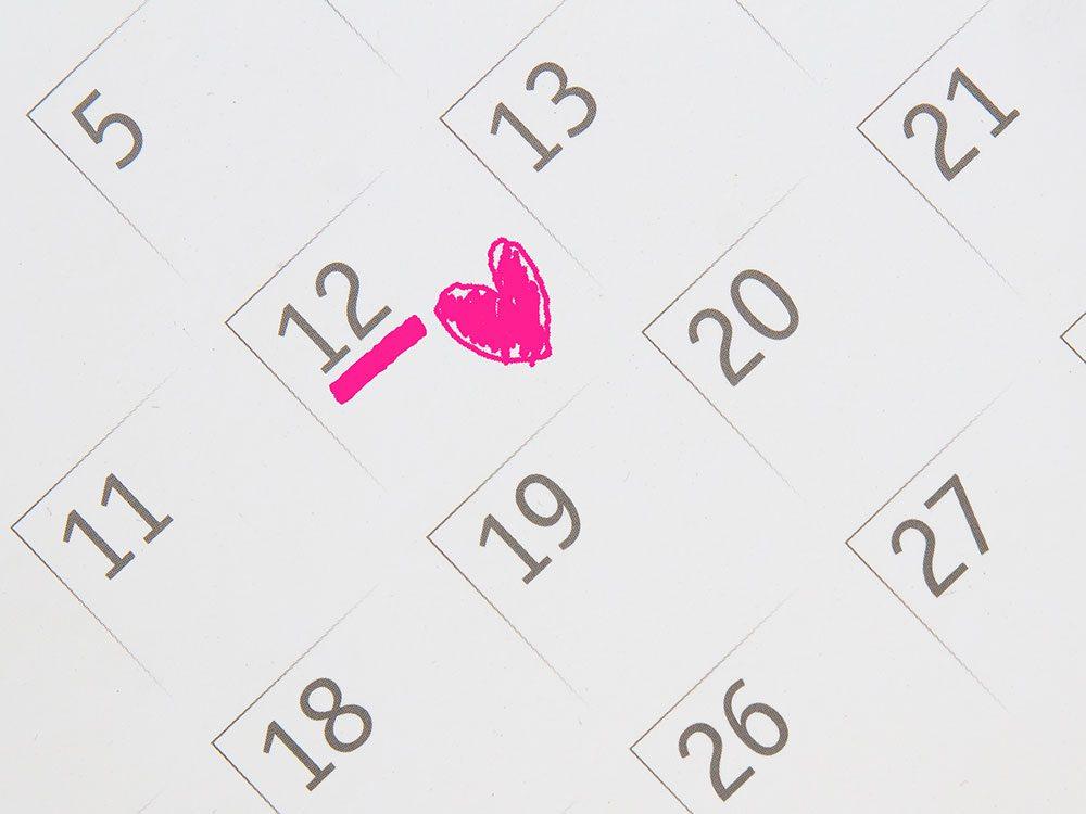 Wedding jokes heart on calendar