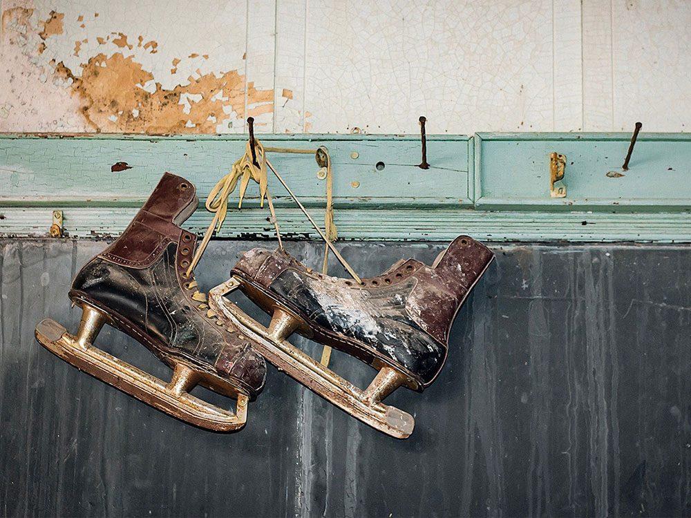 Old hanging skates