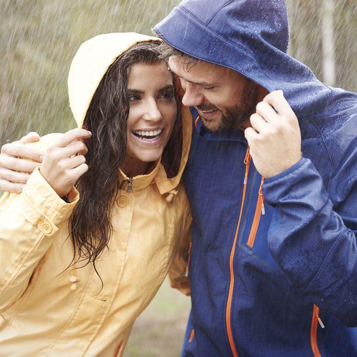 Couple in rain - smell of rain