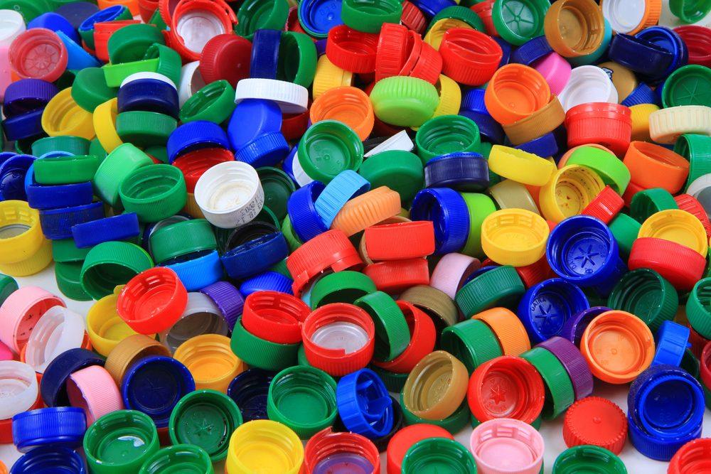 Plastic bottle tops