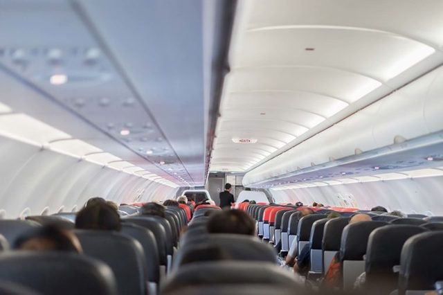 Airplane features
