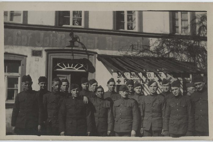 Soldiers in WWI