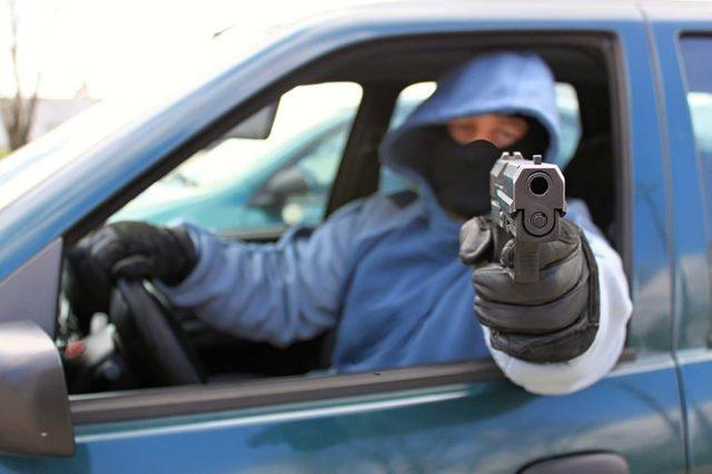 Drive-through gun