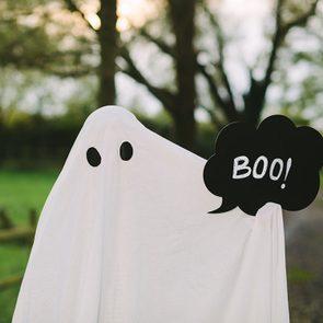 Corny Halloween jokes - Ghost boo