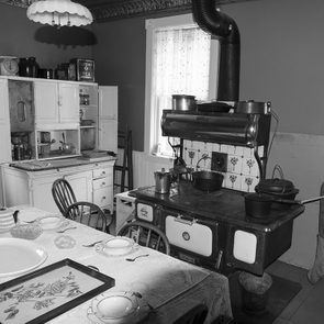 The kitchen stove during the Great Depression