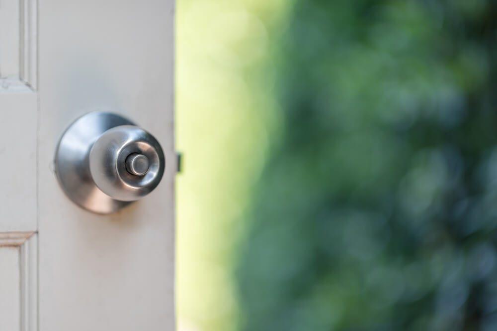 Open the door to the bokeh garden